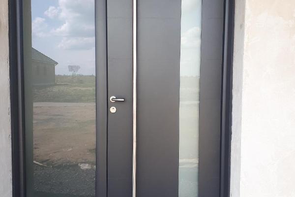 Pose de porte d'entrée Renard Sant Menuiserie à Templeuve, Cysoing et Orchies